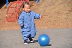 ボール蹴る20121220.JPG